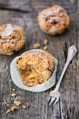 Quinoa muffins with raisins and apple purée