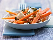 Carrot salad with mozzarella and lemon and thyme dressing