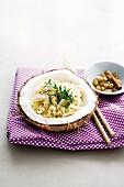 Coconut rice with coriander