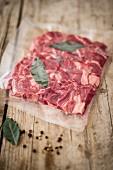Rindfleisch mit Gewürzen zum Garen