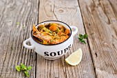 Prawn & vegetable soup