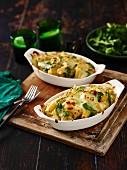 Nudelauflauf mit Spinat und Käse