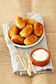 Kartoffelkroketten mit Mayonaise