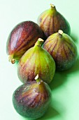 Five fresh organic figs