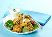 Gemüse-Reis-Bratlinge mit Joghurtsauce