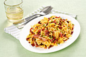 Farfalle with bacon and crispy breadcrumbs