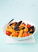 Macaroni with pesto rosso and mussels