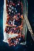 Tarte mit roten Weintrauben