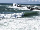 Rough seas hit jetty
