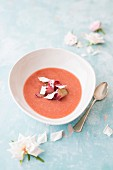 Rhubarb soup with rose petals