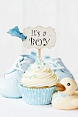 Cupcake with it s a boy pick