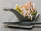 Pan-fried mung bean sprouts with spring onions