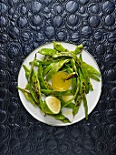 Yardlong beans with lime dressing (Israel)