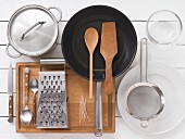 Kitchen utensils for preparing guinea fowl