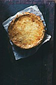 A mushroom pie with Camembert, thyme and honey