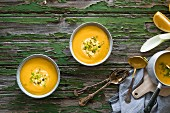 Orange and fennel soup with pistachios