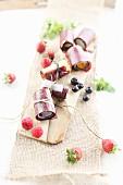 Vegan fruit roll-ups with fresh berries