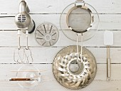 Kitchen utensils for making a marble cake