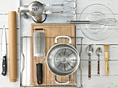Kitchen utensils for baking a yeast tart