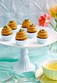 Mini Kürbis-Gewürz-Cupcakes