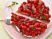 Rasberry tart with yoghurt cream
