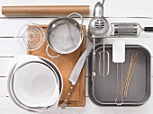 Kitchen utensils for making lime cakes