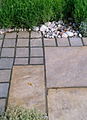 Pflasterung aus Natursteinen
