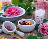 Rosenzucker: Rosa / Blütenblätter von Rosen trocknen,
