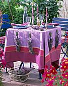 Lavendel / Meerlavendelsträuße als Tischdeko: 5/5