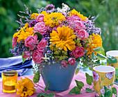 Strauß aus Rosa (Rosen), Heliopsis (Sonnenauge), Limonium (Strandflieder)