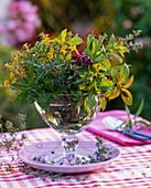 Strauß aus Mentha (Pfefferminze), Thymus (Thymian), Foeniculum (Fenchel)