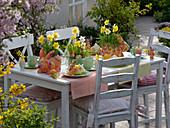 Oster - Frühstück auf der Terrasse