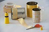 Blechdosen mit Schleifenband in gelb und orange aufgepeppt 2/3