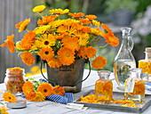Strauß aus Calendula (Ringelblumen), Blütenblätter in Öl