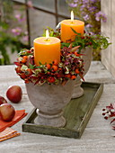 Herbstliche Lichterdeko : Kerzenkränze aus Rosa (Hagebutten), Hydrangea