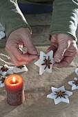 Christbaumschmuck aus Wachs und Sternanis selbermachen