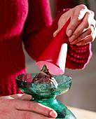 Hyazinthen auf Wasserglas ziehen