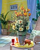 Tulipa-Hybr. 'Monsella', Narcissus 'Tahiti', Cytisus / Ginster,