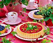 Fragaria / Erdbeeren, Walderdbeeren, Erdbeertorte, Vaccinium