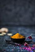 Curcumin powder and ginger