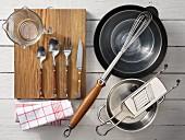 Kitchen utensils for making blinis