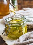 Hot ginger lemon and thyme honey tea