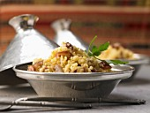 Roasted millet with dates