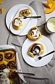 Kürbisschnecken mit Zuckerglasur
