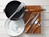 Kitchen utensils for making an omelette