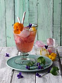 'Flower Power' kombucha and flower drink