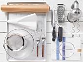 Küchenutensilien die für das Backrezept benötigt werden