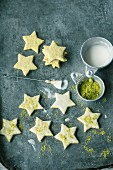 Quick and easy pistachio stars with frosting