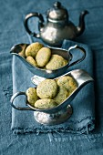 Quick and easy lemon poppy seed cookies
