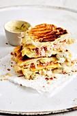 Reuben-Sandwich mit Sauerkraut und Corned Beef (Soulfood)